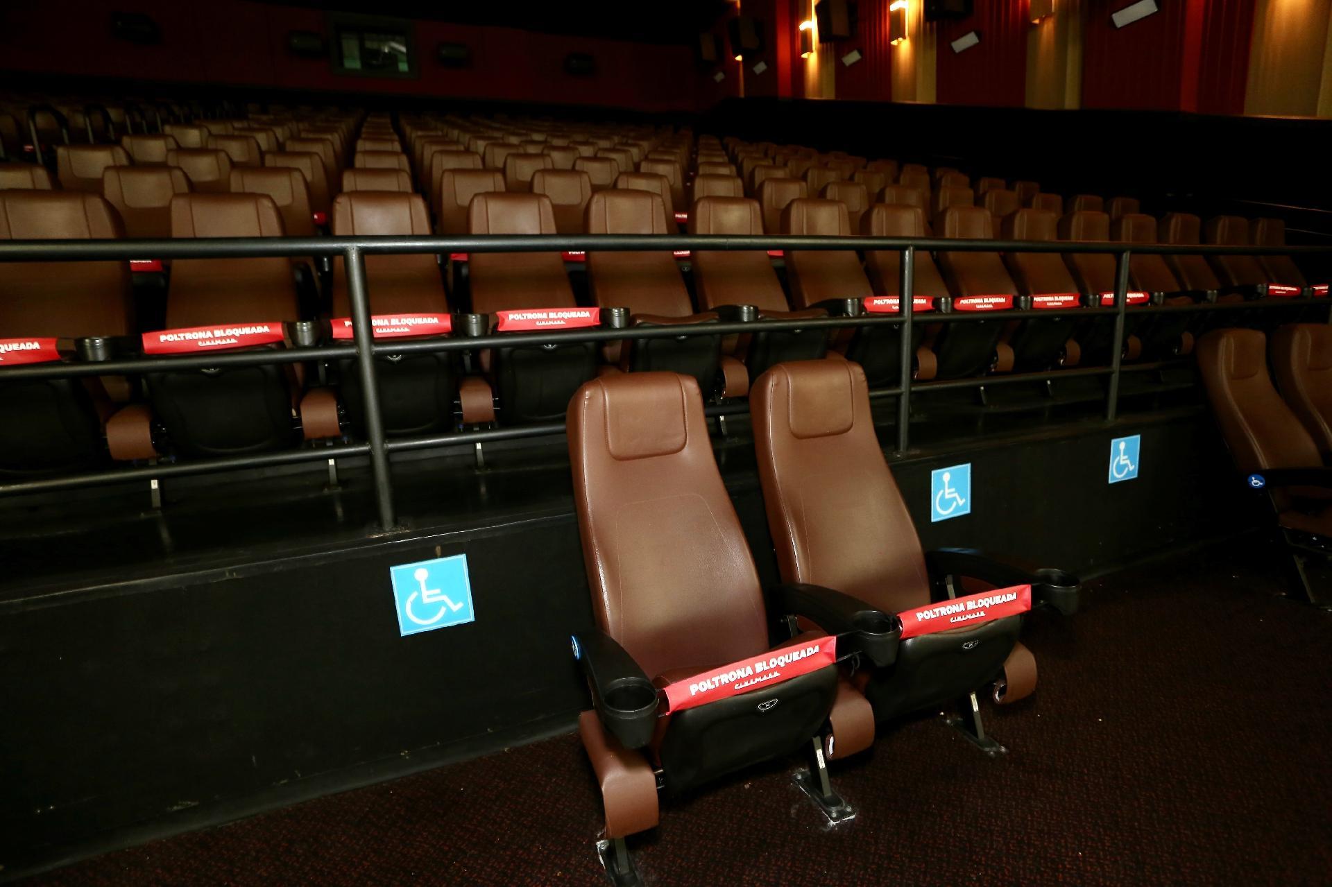 Cinemas reabrem em SP - Iwi Onodera/UOL