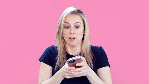 Digitando no celular