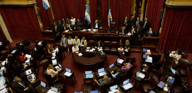Aprovação constituiu a 1ª vitória política do presidente Mauricio Macri no Parlamento