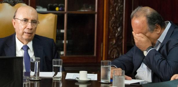 Os deputados propõem uma redução de 30% no salário do governador Pezão