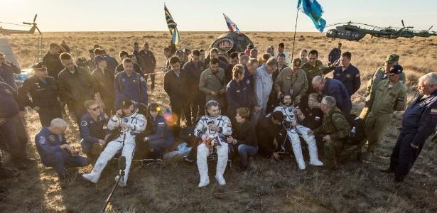 Trio retornou depois de missão de seis meses na Estação Espacial Internacional