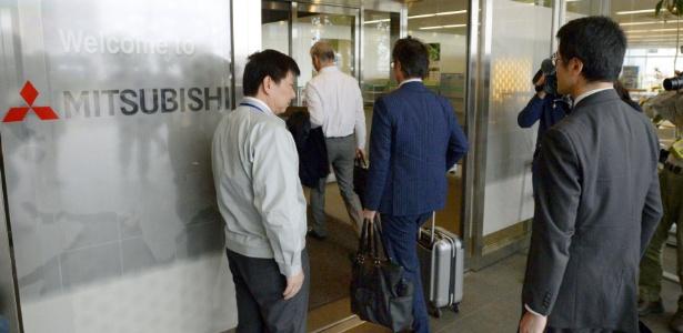 Funcionários do governo do Japão visitaram os escritórios da Mitsubishi Motors em Okazaki - Kyodo/Reuters