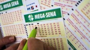 Veja números | Mega-Sena: aposta única do PR fatura prêmio de R$ 2,7 mi
