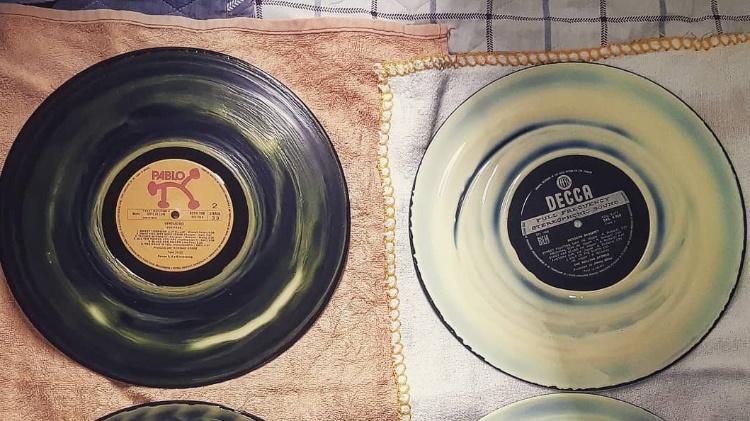 Discos com cola de madeira - Leonardo Rodrigues/UOL - Leonardo Rodrigues/UOL