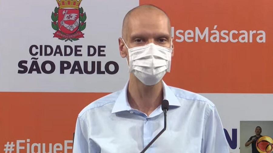 O prefeito de São Paulo, Bruno Covas (PSDB), segue internado sem previsão de alta para tratar um câncer - Reprodução / YouTube
