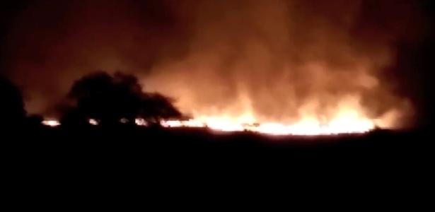 Milhares de moradores das aldeias próximas foram evacuados por precaução