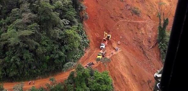 Estrada havia registrado alguns deslizamentos durante a semana