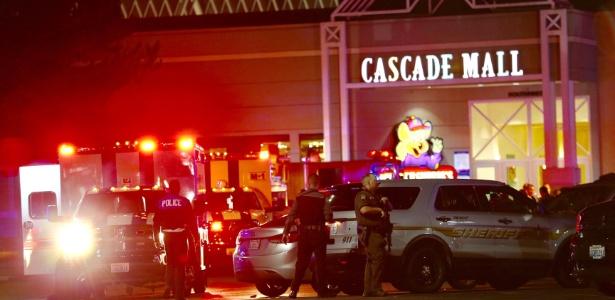 Cena de tiroteio em shopping nos EUA
