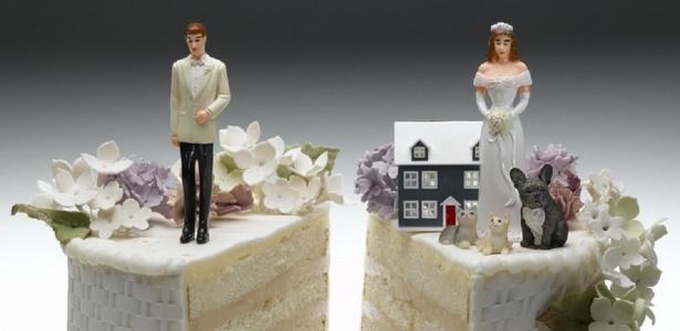 Foram registrados 328.960 divórcios no Brasil em 2015, segundo o IBGE