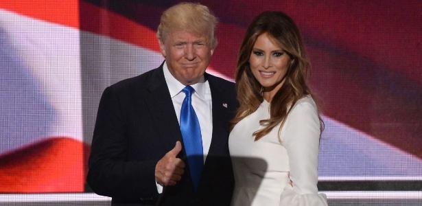 """""""Minha esposa, uma mãe impressionante, uma mulher incrível: Melania Trump"""", disse o pré-candidato republicano à Casa Branca"""