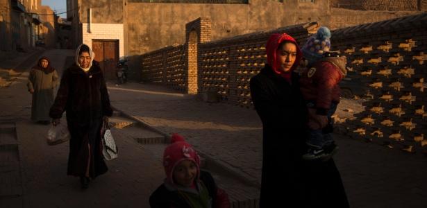Muçulmanos uigures em Kashgar, no extremo oeste da China