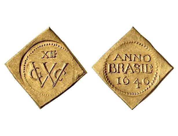 Primeira moeda com o nome Brasil. Foi cunhada a partir de 1645 pelos holandeses durante a ocupação holandesa em Pernambuco.