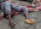 Helicóptero dispara contra navio no Iêmem e 31 refugiados somalis morrem - Abduljabbar Zeyad/Reuters