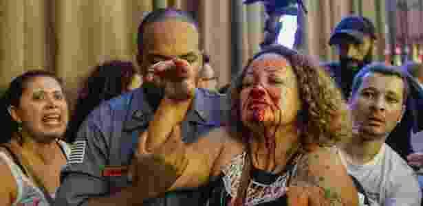 Professora Luciana Xavier fica ferida durante tumulto na reunião da CCJ (Comissão de Constituição e Justiça) no Salão Nobre da Câmara Municipal de São Paulo - Suamy Beydoun/Agif/Estadão Conteúdo