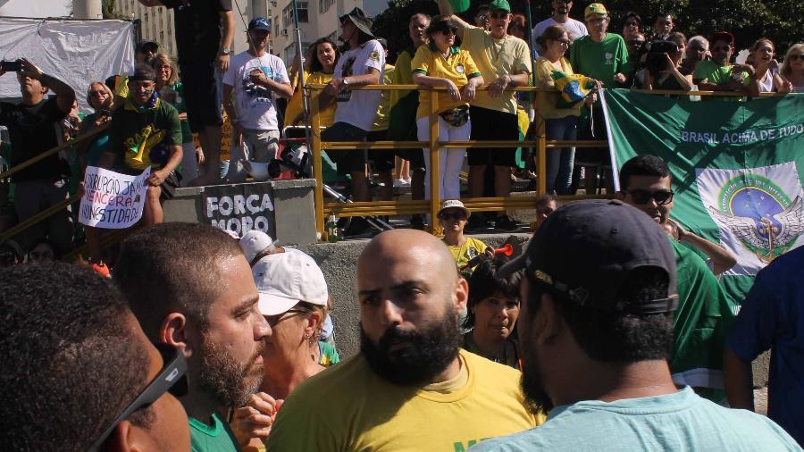 30.jun.2019 - Protesto a favor do presidente Bolsonaro em Copacabana no Rio de Janeiro neste domingo   - cdsantos/Futura Press/Folhapress)