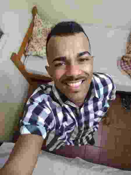 Joel Junior foi morto por uma facada no tórax no último sábado (21) - Reprodução/Facebook