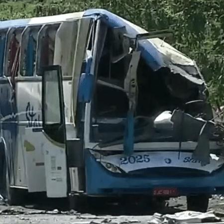 Acidente em Taguaí em novembro do ano passado deixou 42 mortos - Reprodução/GloboNews