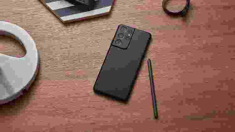Galaxy S21 Ultra é um dos poucos smartphones compatíveis com wi-fi 6E - Divulgação - Divulgação