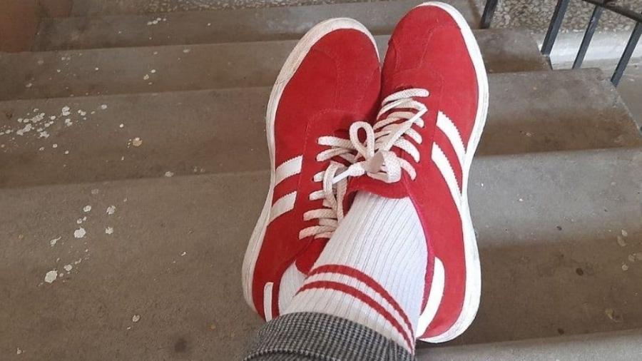 Cores de meias fizeram mulher ser multada em Belarus - Reprodução/TUT.BY