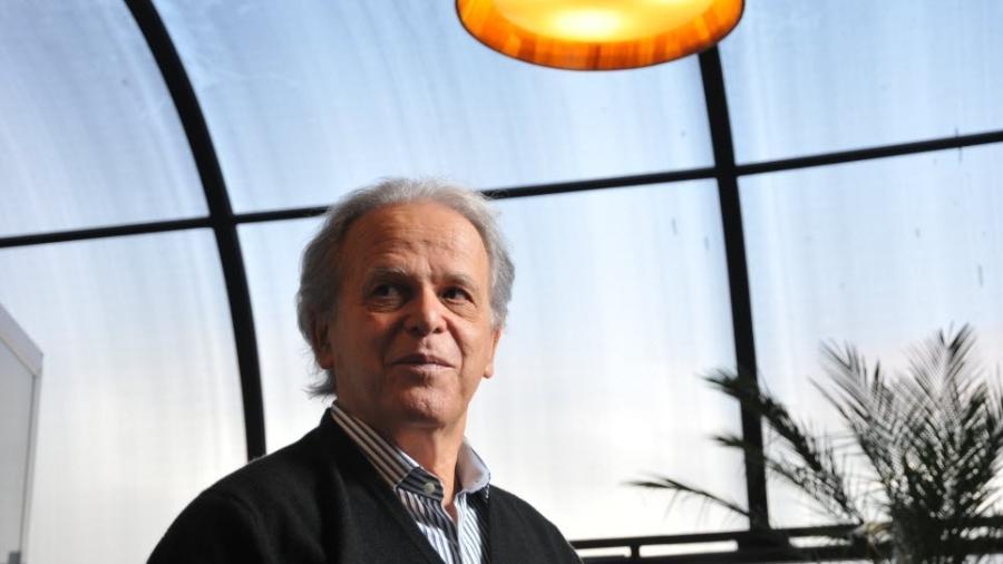 Luiz Carlos Mendonça de Barros, ex-presidente do BNDES e ex-ministro das Comunicações - Karime Xavier/Folhapress
