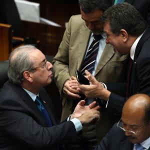 Afonso Florence (PT-BA) discute com Cunha (PMDB-RJ) em sessão na Câmara