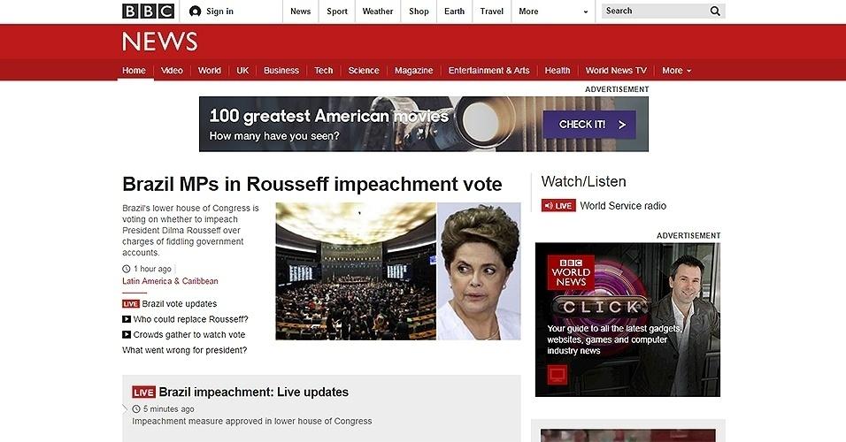 """17.abr.2016 - Aprovação do impeachment da presidente Dilma na Câmara dos Deputados foi o principal destaque no site da """"BBC"""""""