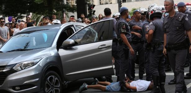 Suspeito de roubo a carro é preso na Avenida Paulista