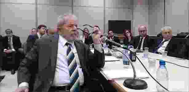 Depoimento de Lula a Moro durou quase 5 horas nesta quarta-feira (10) - Reprodução