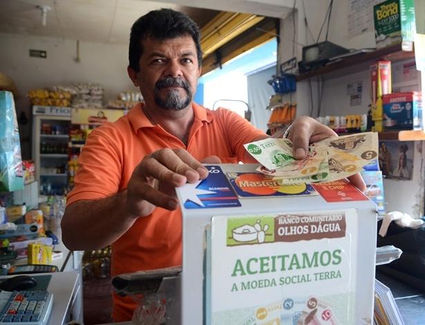 Lucena, dono de mercado, foi um dos primeiros a aderir à moeda local de Igaci (AL)