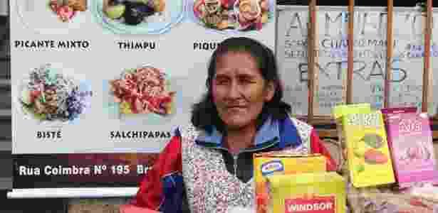 Comércio de bolivianos na rua Coimbra, no Brás. - Danilo Verpa/Folhapress