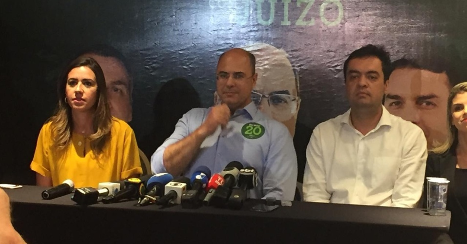 28.out.2018 - O ex-juiz federal Wilson Witzel (PSC) se prepara para discurso após ser eleito o novo governador do Rio de Janeiro, com 59,66% dos votos válidos