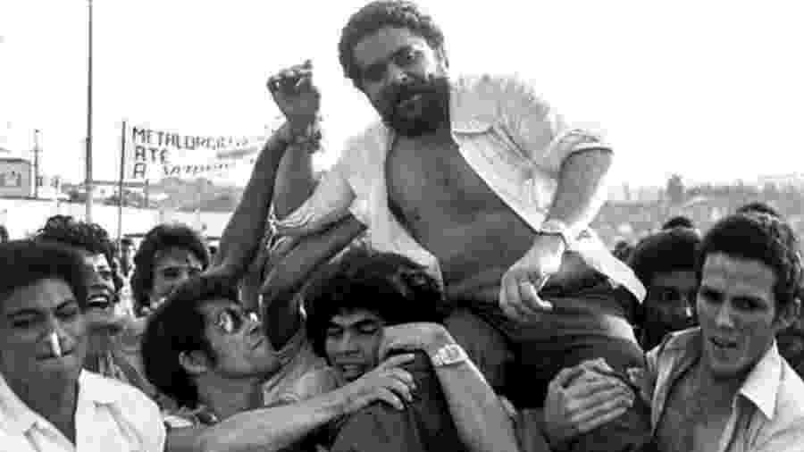 """Lula foi preso em 19 de abril de 1980, acusado de ser o principal """"agitador"""" das paralisações de operários - CLAUDINEI PETROLI/AFP"""