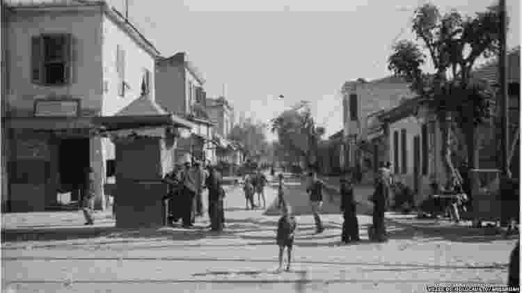 Gueto judaico em Tessalônica - Vozes do Holocausto/Arqshoah - Vozes do Holocausto/Arqshoah