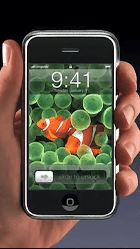 Lançamento do primeiro iPhone em 2007 - Reprodução - Reprodução