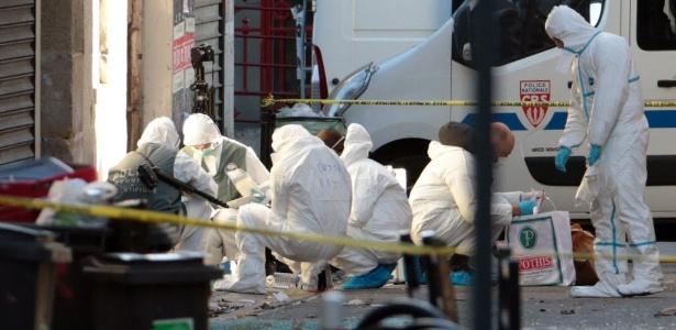 Polícia francesa libera sete dos oito suspeitos presos em Saint-Denis - Joel Saget/AFP