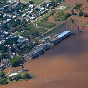 Cidade de Paysandú (Uruguai) continua sofrendo com inundações após fortes chuvas