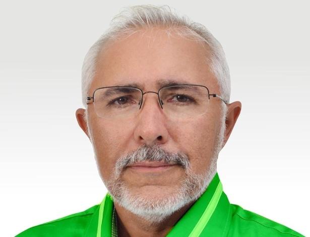 Eraldo Joaquim Cordeiro (PSD) é padre e foi eleito prefeito de Delmiro Gouveia (AL)