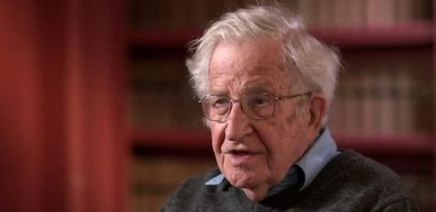 Noam Chomsky concedeu entrevista ao programa Newsnight, da BBC