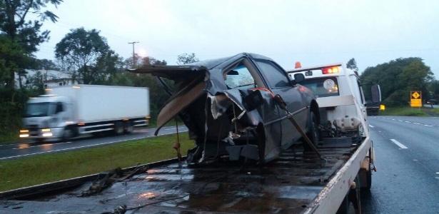 Acidente aconteceu na madrugada desta segunda-feira (9) em Estrela (RS) - Divulgação/PRF