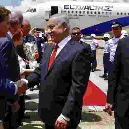 28.dez.2018 - Binyamin Netanyahu chega ao Rio de Janeiro e cumprimenta o prefeito Marcelo Crivella - Divulgação/Prefeitura do Rio - Divulgação/Prefeitura do Rio