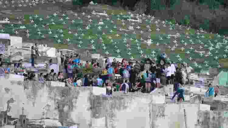 Enterro do traficante Fernandinho Guarabu, no Rio - JOSE LUCENA/FUTURA PRESS - JOSE LUCENA/FUTURA PRESS