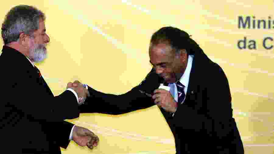 Lula e Gilberto Gil em foto de 2006 quando eles eram, respectivamente, presidente e ministro da Cultura - Sérgio Lima - 8.nov.2006/Folhapress
