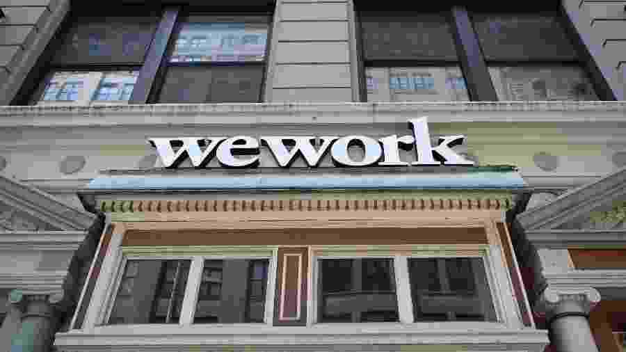 Escritório da WeWork é visto em Nova York; fracasso da WeWork ao entrar na bolsa foi visto como positivo para aqueles preocupados com um mercado de tecnologia excessivamente exuberante - Timothy A. Clary/AFP
