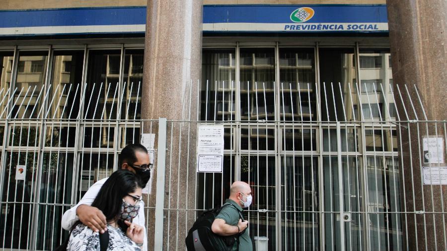 Programadas para reabrir hoje, agências do INSS em SP seguem fechadas após decisão do TRF-3 - Fábio Vieira/Fotorua/Estadão Conteúdo