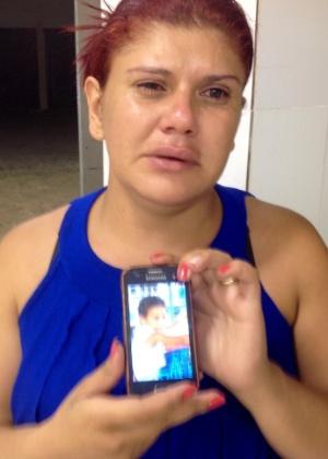 Gelvana Aparecida Rodrigues, 28, procurava pelo filho Tiago Damasceno - Carlos Eduardo Cherem/UOL