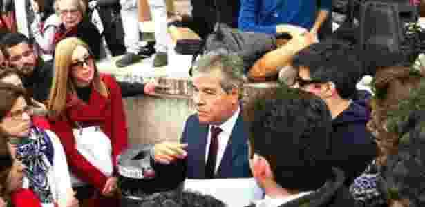 Jorge Viana diz querer dar a versão do PT à comunidade internacional - Mamede Filho/BBC - Mamede Filho/BBC