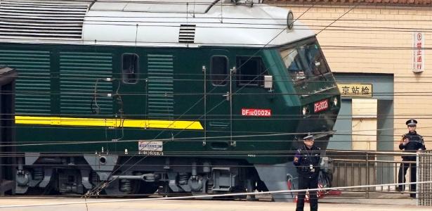 Trem de 21 carros em Pequim que causou grande especulação na região - Jason Lee/Reuters