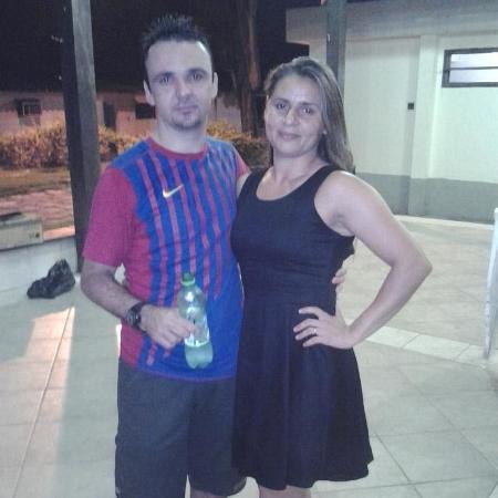 Adilma Ramos Rodrigues e o marido, o pastor Cláudio José de Oliveira Rodrigues  - Reprodução/Facebook