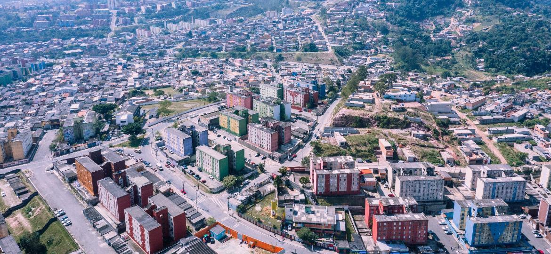 Vista aérea da Cidade Tiradentes, bairro localizado no extremo leste da cidade de São Paulo - 23.ago.2019 - Gabriel Cabral/Folhapress