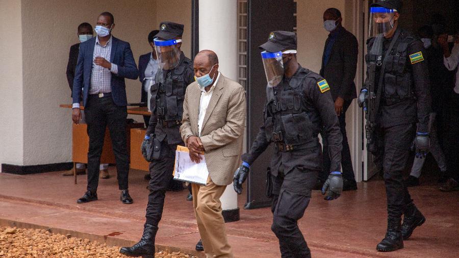 Paul Rusesabagina foi preso ano passado em Kigali, Ruanda - STRINGER/AFP
